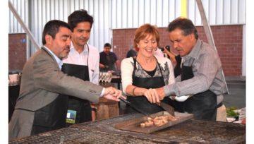 Entretenido evento parrillero ofrece Central Bodegas a sus clientes
